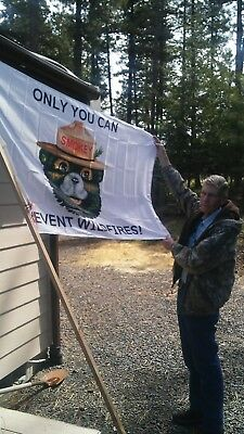 Holiday Special Smokey Bear  Flag.    Commerial Or Home Use.   36X60