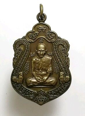 Pendant LP Phra Thai Amulet Buddha Monk Talisman Powerful Magic Holy Lucky Rich