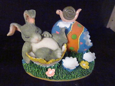 Charming Tails Silvestri AFTER THE HUNT Sleeping Rabbit Easter Egg Snail  87/372