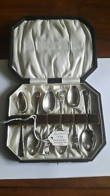 A Cased Set of 6 Solid Silver Teaspoons, London 1934, Northern Goldsmiths Co