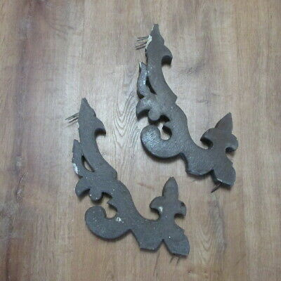 Pair Antique Roof Corbels mid 1800's, Square Nails, No Rot, Fleur de Lis, NH (2)