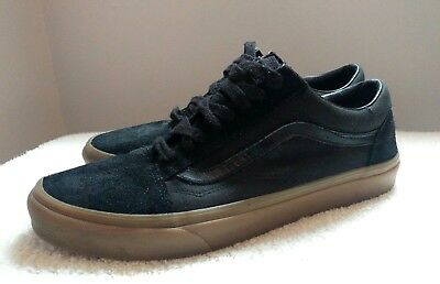 mens Vans all black suede/canvas trainers uk size 10 old school