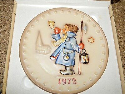 GOEBEL M. J. HUMMEL 1972 Plate of the Year Germany HUM 265 Vintage Collection