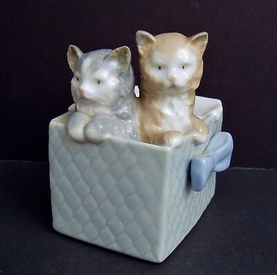 Vintage 1980's Lladro Nao Kittens in Basket Box Figurine Cats Spain Mint