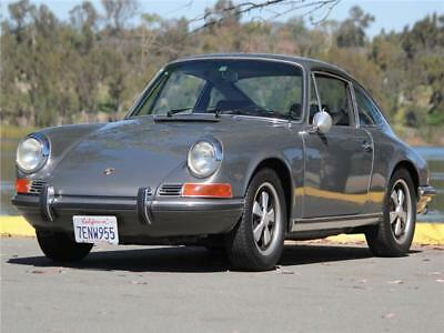 1971 Porsche 911 -- 1971 Porsche 911T  47,000 Miles Very Nice Drives Great Excellent