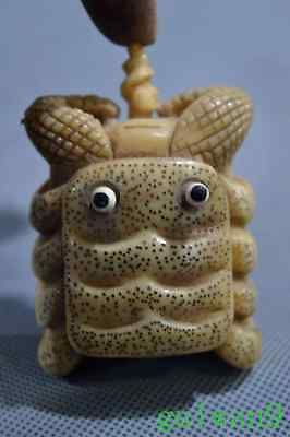 Collectable Chinese Art Carve Crab Tibet Special Ancient Royal Rare Snuff Bottle