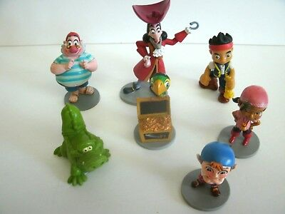 DISNEY Peter Pan Jake and the Netherlands Pirates figures.