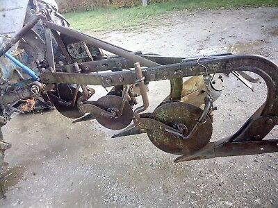 MF Massey Ferguson 3 Furrow Fixed Plough
