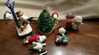 Lot Of 6 Hallmark Lucy Charlie Brown Snoopy Peanuts  Christmas Ornaments