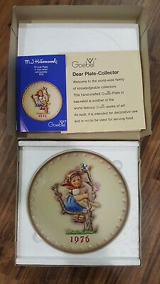 NEW Hummel Annual Plate Spring  Apple Tree Girl 1976 in bas-relief Goebel NIB