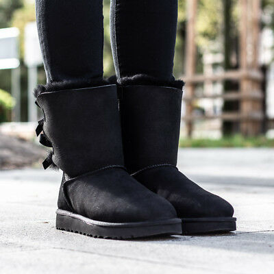 cbf032edd209f UGG AUSTRALIA W BAILEY BOW II bottes bottines doublées femmes chaussures d  hiver