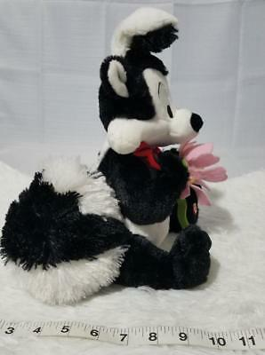 Pepe Le Pew Hallmark Stuffed Talking Animal Toy Brand New *free Gift