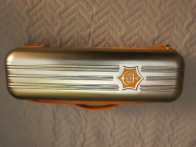 Veuve Cliquot Traveller Metal Case Carry Bag Picnic
