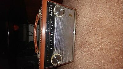 ZENITH Royal DELUXE 755LK VINTAGE PORTABLE RADIO REAL LEATHER ALL TRANSISTOR