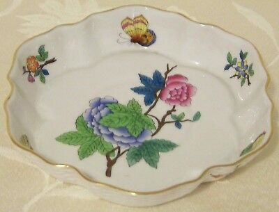 """Rare Antique Early Herend """" Queen Victoria"""" Scalloped Tray Ca.1915 Double Marked"""