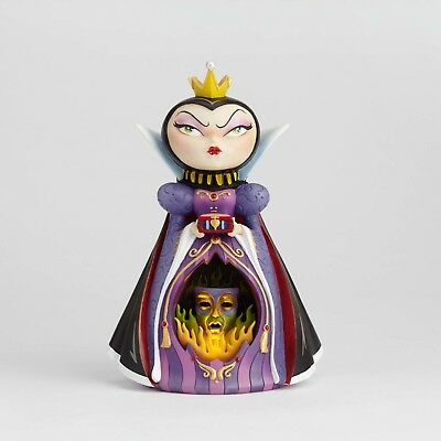Enesco World of Miss Mindy Evil Queen Disney Showcase Lightup Figurine