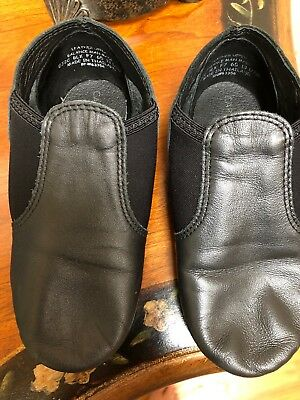 Girls Capezio Black Dance Shoe. Size 13.5