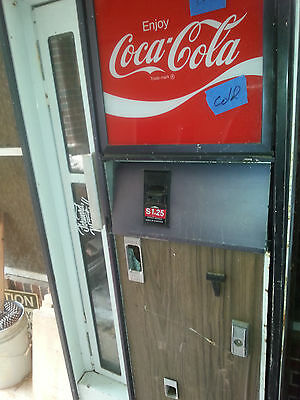 Cavalier coke coca cola soda bottle vending machine coin op