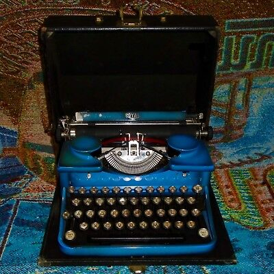 Antique 1930 Blue Royal 2nd Model P Portable Typewriter with Case - Works Great