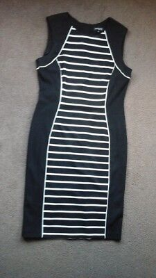 Lovely Ladies Black Dress With Stripped Panel Down The Front And Back Size 14
