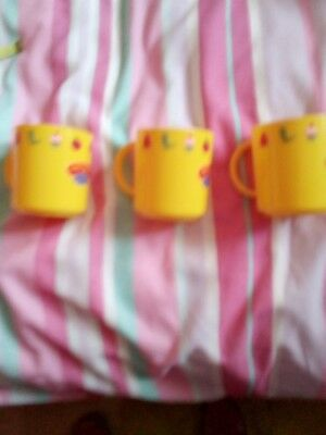 3 NEW! Peppa Pig Plastic Mugs, Make and Bake. Yellow in colour>