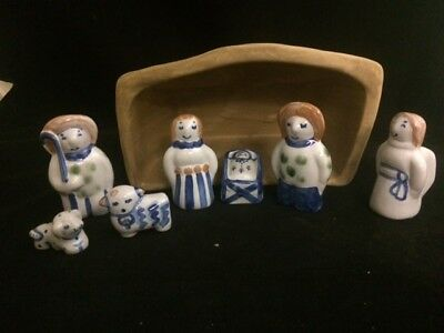 M A Hadley Pottery Christmas Nativity Set 8 Pieces