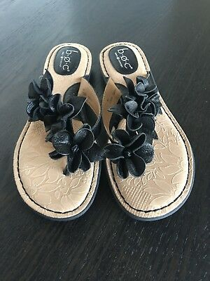 23c963462a5e3 Born BOC Black Flower Leather Thong Flip Flop Floral Sandals Womens Size 8  New