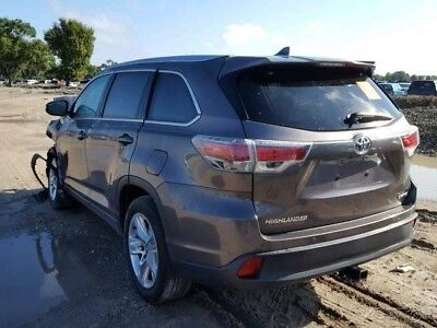 2016 Toyota Highlander Limited 4dr SUV 2016 Toyota Highlander SALVAGE TITLE Damaged, wrecked, project, repairable