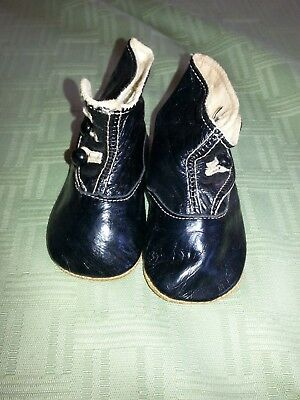 Vintage Antique Childrens Black top shoes with buttons on side