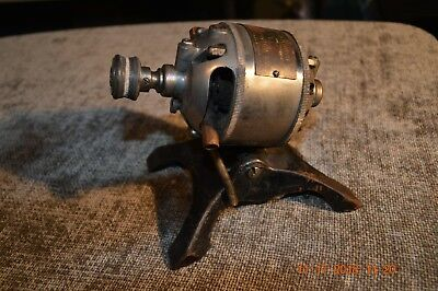 Old Vtg. 1917 Sewing Machine Motor *hamilton Beach On Cast Iron Stand Part Parts