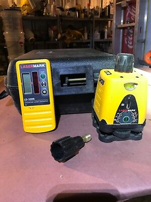 CST/Berger LM30 Manual Horizontal/Vertical Rotary Laser