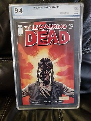 Walking dead comic #43 PGX 9.4 white pages 10/7