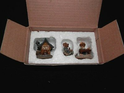 "Boyd's Wunnerful Village Accessory Stuff  ""Matthew's Bungalow"" - FREE SHIPPING"