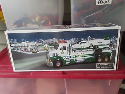 Hess Toy Truck And Space Cruiser With Scout 2014 New In The Original Box/papers