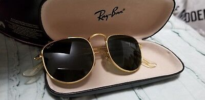 Vintage Estate BAUSCH & LOMB RAY- BAN Sunglasses with Case!