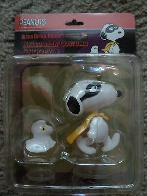 Medicom Halloween Snoopy & Woodstock Figurine Series 7  Peanuts  New in Pkg