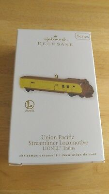 2010 Hallmark Lionel Union Pacific Streamliner Locomotive Ornament 15th Series