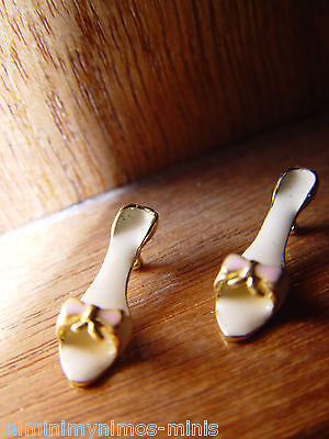 DOLL HOUSE 12th SCALE PAIR OF LOVELY 'GOLD PLATED' SHOES !! 'UNIQUE' BID NOW....