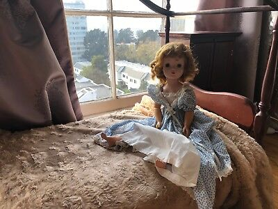 Madame Alexander Vintage 1956 Cissy doll in original RARE tagged Evening Gown