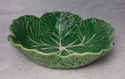 BORDALLO PINHEIRO Portugal CABBAGE GREEN pattern Round Serving Bowl  8-3/4""
