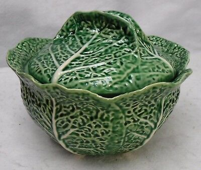 BORDALLO PINHEIRO Portugal CABBAGE GREEN pattern Tureen & Lid  10-3/8""