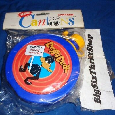 1990 Daffy Duck Cantoons canteen Warner Bros INC. Rabbit Season