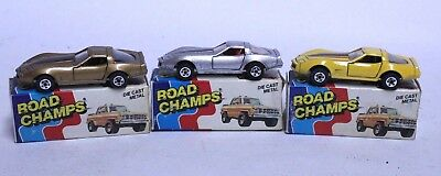 Nice Vintage Lot Of 3 Road Champs 1982 Chevrolet Corvette W/ Box