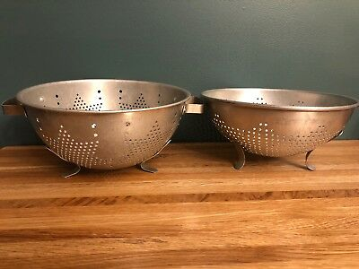 2 Vintage Mirro Aluminum Stars Pattern Colanders Footed With Handles Primitive