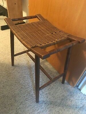 Vintage Mid-Century New York Stool or Bench Made of Wicker