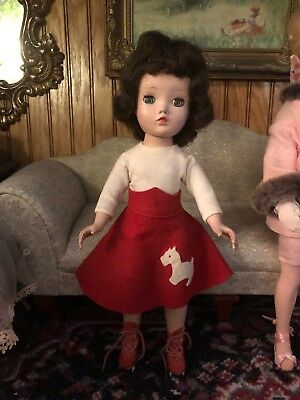 MADAME ALEXANDER VINTAGE CISSY FACE BINNIE WALKER Roller Skating doll original