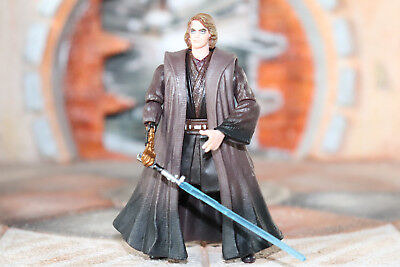 Anakin Skywalker Slashing Attack! Star Wars Revenge Of The Sith Collection 2005