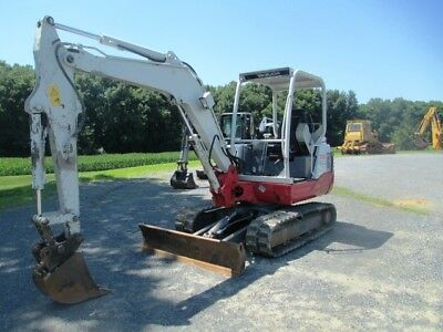 2013 Takeuchi TB235 Hydraulic Excavator, Only 336 Hours on Meter, Front Blade