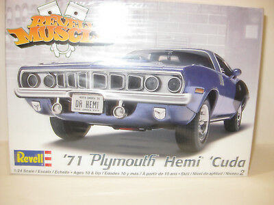 REVELL 1971 PLYMOUTH HEMI CUDA 2DR HARDTOP FACTORY/SEALED1/25 scale BOX DAMAGED