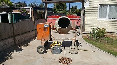 Concrete mixer 110v electric and transformer cable